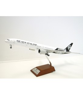 Air New Zealand Boeing 777-300ER Silver Fern 1:200
