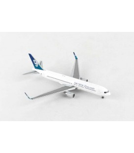 Air New Zealand Boeing 767-300ER 1:400