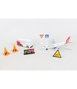 Qantas Airport Playset 7 Pieces ~ New Livery