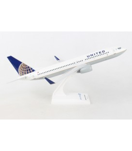 United Airlines Boeing 737-800 1:130