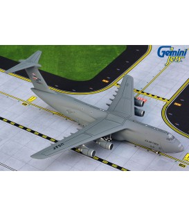 USAF Lockheed C-5M Super Galaxy Lackland AFB 1:400