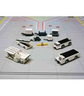 Gemini 200 11 Piece Airport Support Equipment Set 1:200