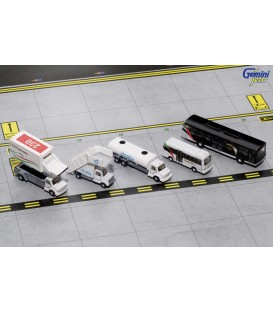 Airport Service Vehicles Emirates With Buses 1:200