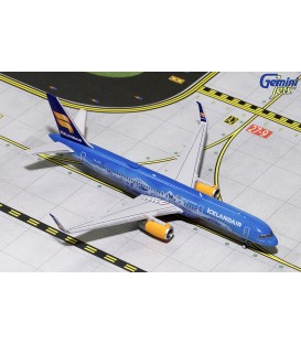 Icelandair Boeing 757-200 80th Anni 1:400